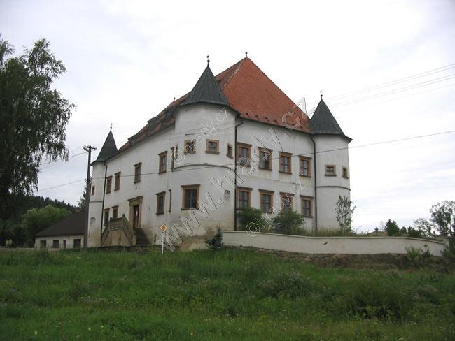 Tvrz Boskovštejn
