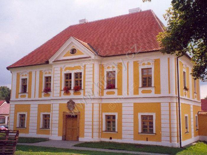 Zámek Cetkovice