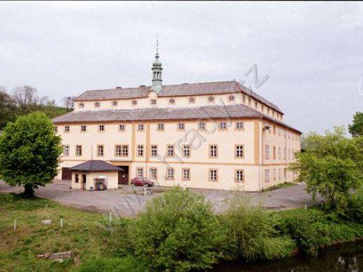 Zámek Horní Police