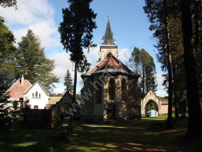 lesní hřbitov