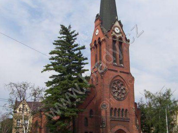 německý evangelický kostel, Červený kostel