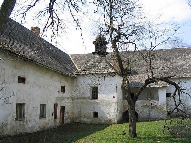 Zámek Přečín