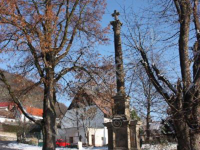 sloup sv. Kříže