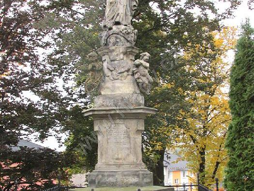socha Panny Marie Immaculaty