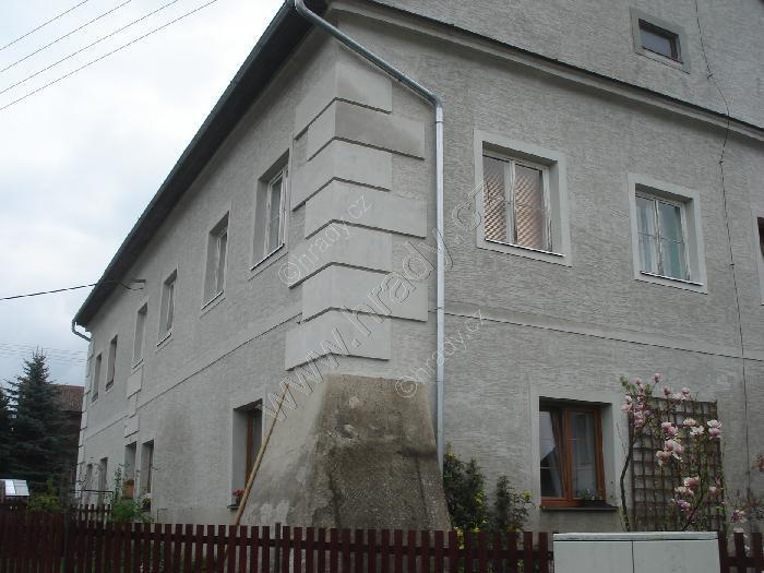 Tvrz Vikýřovice