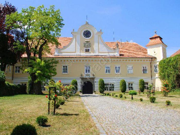 Zámek Vrbasovo muzeum Ždánice