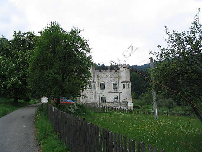 Zámek Záluží