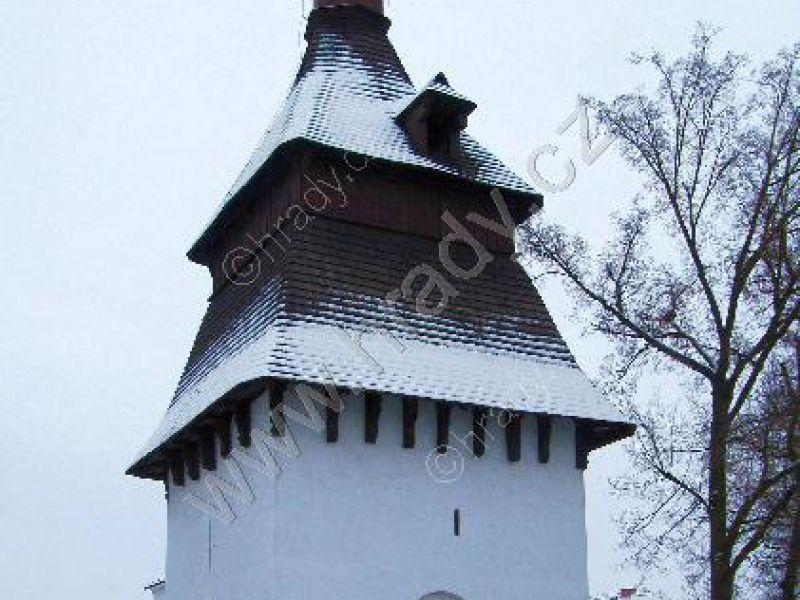 zvonice u kostela Proměnění Páně