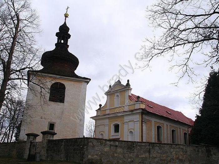 zvonice u kostela sv. Barbory
