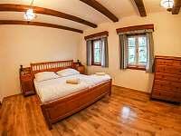 Apartmán č. 1 - ložnice - Krásná