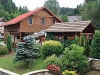 Krásná zahrada - chalupa k pronájmu Velké Karlovice