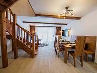 Apartmán DELUXE 80 m2 - pobytová místnost - Bílá