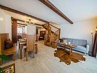 Apartmán DELUXE 80 m2 - pobytová místnost - k pronájmu Bílá