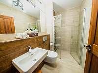 Apartmán PREMIUM 37 m2 - koupelna - Bílá