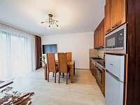 Apartmán PREMIUM 37 m2 - pobytová místnost - Bílá