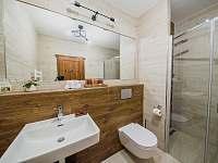 Apartmán SUPERIOR 80 m2 - koupelna - Bílá