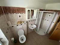 koupelna přízemí - chalupa k pronajmutí Trojanovice