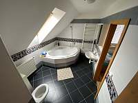 Koupelna s vanou 1. patro - Trojanovice
