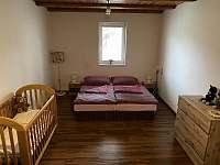 pokoj přízemí 2 - chalupa ubytování Trojanovice