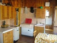 obytná místnost- kuchyňský kout - chata k pronájmu Horní Bečva
