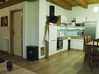 kuchyň s jídelnou - pronájem chalupy Horní Bečva