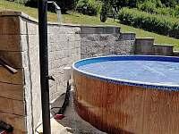 nový bazen se spchou - chata k pronájmu Nýdek