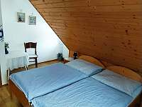 MODRÝ pokojík v podkroví - Prostřední Bečva