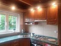 kuchyň - chata k pronájmu Trojanovice