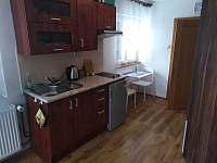Kuchyňský kout - apartmán k pronájmu Pustevny