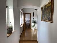 Chodba apartmán 1 - chalupa ubytování Hukvaldy