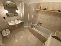 Koupelna apartmán 1 - Hukvaldy