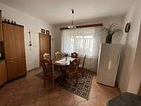 Kuchyň apartmán 2 - pronájem chalupy Hukvaldy