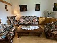 společenská místnost apartmán 1 - chalupa k pronajmutí Hukvaldy