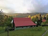 Chalupa U Sylvy pohled z parkoviště - ubytování Horní Bečva