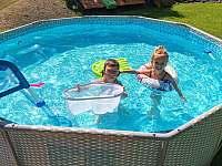 Bazén - pronájem chalupy Rusava 216