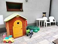 Pro děti - chalupa ubytování Rusava 216