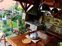 Ubytování ve dvoře I. pergola - apartmán ubytování Mosty u Jablunkova
