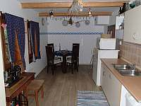 kuchyně - chalupa k pronajmutí Velké Karlovice