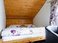 Samostatný pokoj s manželskou postelí - Morávka