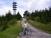 cyklistická trasa na Javorový vrch - apartmán k pronajmutí Řeka