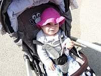 jsou zde i trasy pro maminky s dětmi - Řeka