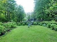 zahrada - apartmán k pronajmutí Řeka