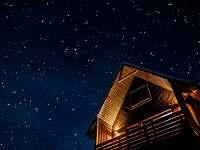 Noční pohled s oblohou hvězd - Prostřední Bečva