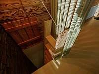 Prudší schody do sprch a sauny - Prostřední Bečva