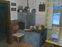 Kychyň s pecí.