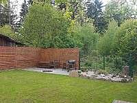 Zadní část zahrady - chata k pronajmutí Horní Bečva