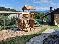 Dětské hřiště - chata k pronájmu Rožnov pod Radhoštěm