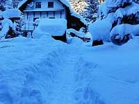 Chata v zimě - Horní Bečva