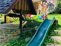 Děti nemusí chodit po schodech dolů :-) - chata ubytování Horní Bečva