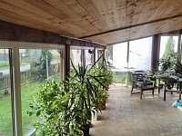 Apartmán 8 osob - zimní zahrada - k pronajmutí Kozlovice